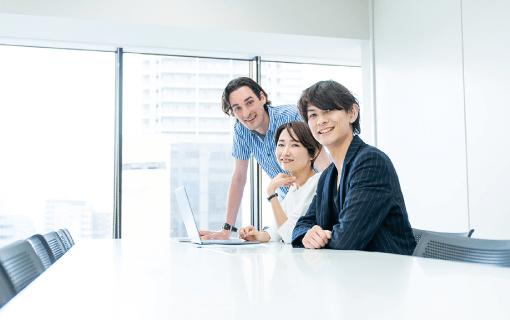 おかえり採用|SAKAIの福利厚生|大分市の工務店 SAKAI リクルート新卒採用情報