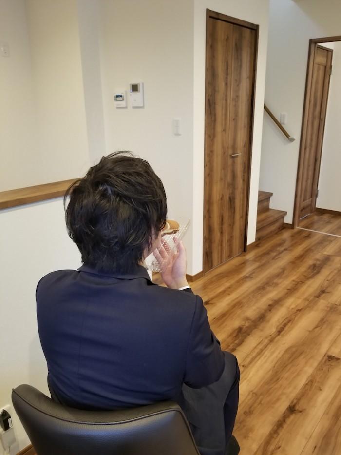 不動産部 五十川さん|家売るオトコ 美味しいもの食べてがんばってます|坂井建設採用ブログ