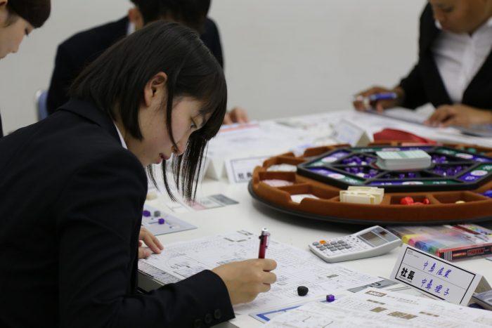 MG(マネージメントゲーム)研修 坂井建設新入社員、研修の日々